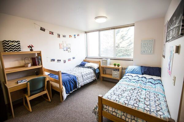 What You Need Before Moving Into A College Dorm